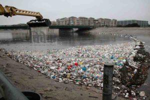 प्लास्टिक पर पाबंदी सफल नहीं हो पा रही है, क्यों?