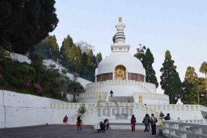 पर्यटन उद्योग के विकास में तेजी