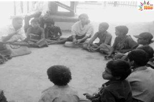 भटके बच्चों की सेवा का यज्ञ