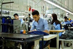 आत्मनिर्भर भारत बनाने हेतु  वस्त्र मंत्रालय कटिबद्ध