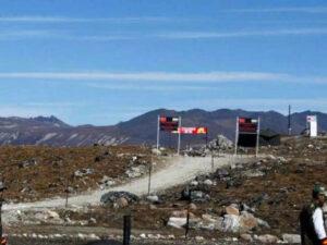 चीन की चालाकी: अरुणाचल के करीब तैयार किया हाईवे, 6 हजार मीटर गहरी घाटी पर बनाया पुल